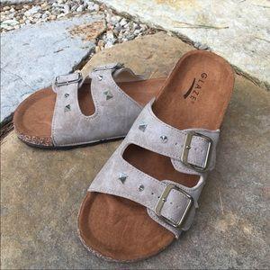 Vegan Suede Studded Flatform Slides Sandals